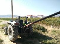 KıZıLCASÖĞÜT - Traktörün El Frenini Çekmeyi Unutunca Sonu Oldu