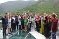 Türkiye'nin En Yüksek Cam Seyir Terasında Nikah Kıydılar
