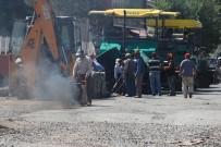 ŞÜKRÜ BALCı - Tutak'ta Asfalt Çalışmaları Devam Ediyor