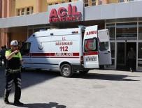 ASKERİ ARAÇ - Erzincan'da askeri aracın geçişi sırasında patlama! 3 asker yaralı
