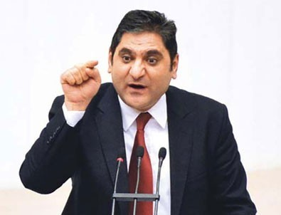 Yanlışlıkla AK Parti mitingini paylaşan CHP'liler