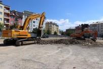 KONUT PROJESİ - Eski Garaj Ticaret Ve Konut Projesinde Hafriyat Çalışması Başladı