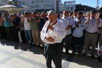GIYABİ CENAZE NAMAZI - Suriyeli Anne Ve Bebeği İçin Gıyabi Cenaze Namazı Kılındı
