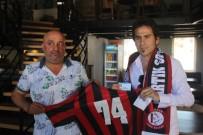 AHMET OKTAY - Amatör Lig Kulübüne Eski Futbolcusundan Büyük Destek