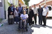 TEKERLEKLİ SANDALYE BASKETBOL - Başkan Ataç, Akülü Aracını Doğan'a Teslim Etti