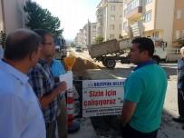 DIKILITAŞ - Başkan Bakıcı, Dikilitaş Caddesi'nde Devam Eden Alt Yapı Çalışmalarını İnceledi