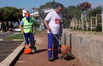 KAMU YARARı - Belediye Başkanı Çöp Topladı, Aşevinde Patates Soğan Soydu