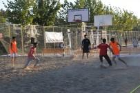 BOZÜYÜK BELEDİYESİ - Bozüyük Belediyesinin Plaj Futbolu Turnuvaları Başladı