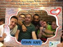 DOWN SENDROMU - Çılgın Sedat Down Kafeyi Ziyaret Etti