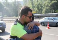 TRAFİK POLİSİ - Dedesi İçin Ağlayan Askere Polisten Teselli