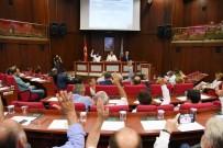 OKUL BİNASI - İzmit Belediye Meclisi Toplantsı Yapıldı