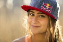 RED BULL - Lena Erdil Bu Kez Dalga Sörfünde Şansını Deneyecek