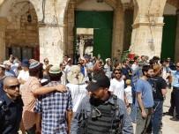 YAHUDI - Yahudi Yerleşimciler Mescid-İ Aksa'ya Girdi