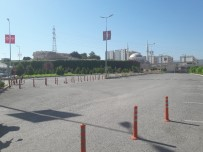 KAMU YARARı - Yetkili Firma Fakülte Otoparkını Kapattı, Vatandaş Zor Durumda Kaldı