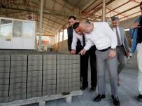 Amasya'da Köy Yolları Parke Taşlarla Kaplanıyor