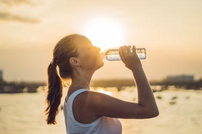 Aşırı sıcaklarda sıvı değil su tüketin