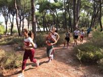 NAMIK KEMAL NAZLI - Ayvalıklı Atletler Yeni Sezona Başladı
