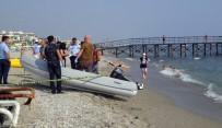 İLKAY - Cesede Aldırmayan Tatilciler Yüzmeye Devam Etti
