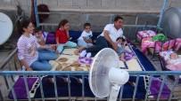 VİRANŞEHİR - 'Dam Palas'larda Vantilatörle Serinlik