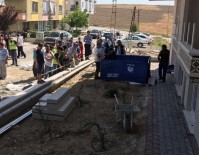 MUSTAFA APAYDIN - Elektrik Akımına Kapılan Genç Hayatını Kaybetti