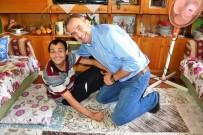 AKÜLÜ SANDALYE - Engelli Mustafa'nın Rüyasını Başkan Gerçekleştirdi
