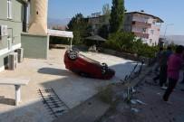 KARKıN - Freni Boşalan Otomobil Cami Avlusuna Devrildi