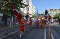 SAYGI DURUŞU - Hayrabolu'da 27. Ayçiçeği Festivali Törenlerle Başladı