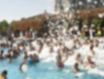 Havuz partisi yapan 64 gence gözaltı!