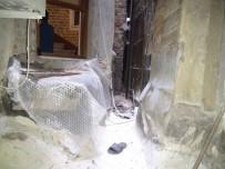 HAMIDIYE - İstiklal Caddesi'nde Özbekistanlı Bir Kişi 5 Katlı Binanın Çatısından Düştü