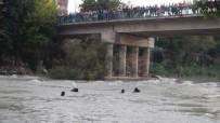 GÖRGÜ TANIĞI - Köprüden Irmağa Atlayan Genç Kayboldu