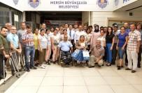 İŞİTME ENGELLİ - Mersin Büyükşehir Belediyesi'nden Engelli Sporculara Malzeme Yardımı