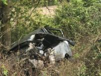 Sakarya'da Otomobil Su Kanalına Devrildi Açıklaması 4 Yaralı