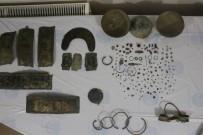 Ağrı'da Urartular Dönemine Ait 205 Adet Tarihi Eser Ele Geçirildi