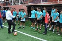 FUTBOL OKULU - Başkan Uysal BAL Liginde Şampiyonluk İstedi