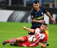 GARY MEDEL - Beşiktaş Medel'i açıkladı