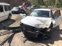 DÜZAĞAÇ - Bingöl'de Trafik Kazası Açıklaması 4 Yaralı