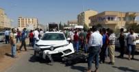 VİRANŞEHİR - Ceylanpınar'da Trafik Kazası Açıklaması 2 Yaralı