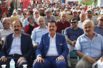 MUSTAFA ÖZTÜRK - Derebahçe Spor Kompleksine Görkemli Açılış
