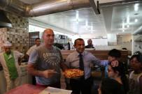 TUNCELİ VALİSİ - Madonna'nın Pizzacısından Tuncelili Çocuklara Pizza