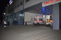 KAYISI BAHÇESİ - Malatya'da Baltalı Ve Silahlı Kavga Açıklaması5 Yaralı