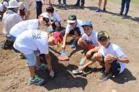 Minik Arkeologlar Antik Kentte Kazı Yaptı