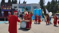 ALİ AYDINLIOĞLU - Pamukçu'ya Efe Heykeli
