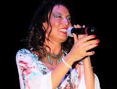 Sibel Tüzün, Bodrum'da konser verdi