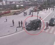 KURAL İHLALİ - Sivas'ta MOBESE'ye Takılan İlginç Kazalar
