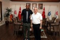 EYÜP SULTAN CAMİİ - Talisca Eyüp Belediyesi'yle anlaştı