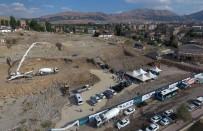 KANUN HÜKMÜNDE KARARNAME - Büyükşehir Kavak Konutları'nın Temelini Attı