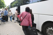 ALI DINÇER - Duran Tren Seferleri Sonrasında Yolcular Otobüsler İle Taşınmaya Başlandı