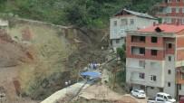 TOPRAK KAYMASI - Giresun'da Bir İnşaatın Temelinin Kazılması Sırasında Toprak Kayması Meydana Geldi