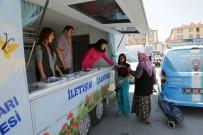 GEZİCİ KÜTÜPHANE - İletişim Karavanı Mahalle Mahalle Gezerek Vatandaşların Sorunlarını Dinliyor