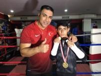 BOKS - Maçta İki Elinin Parmakları Kırıldı, Türkiye Şampiyonu Oldu